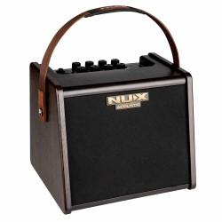 Ampli acoustique NUX AC25 sur batterie